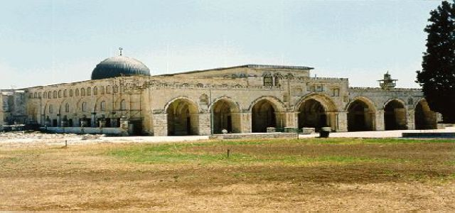 Hamas: Israel expedites steps to destroy the Aqsa Mosque