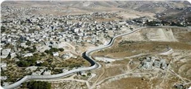 Palestinian gov't: Israeli escalations in O. Jerusalem require int'l position
