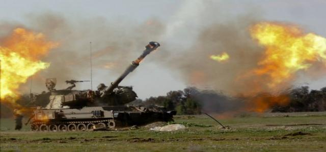 Five Palestinians wounded in IOF artillery shelling